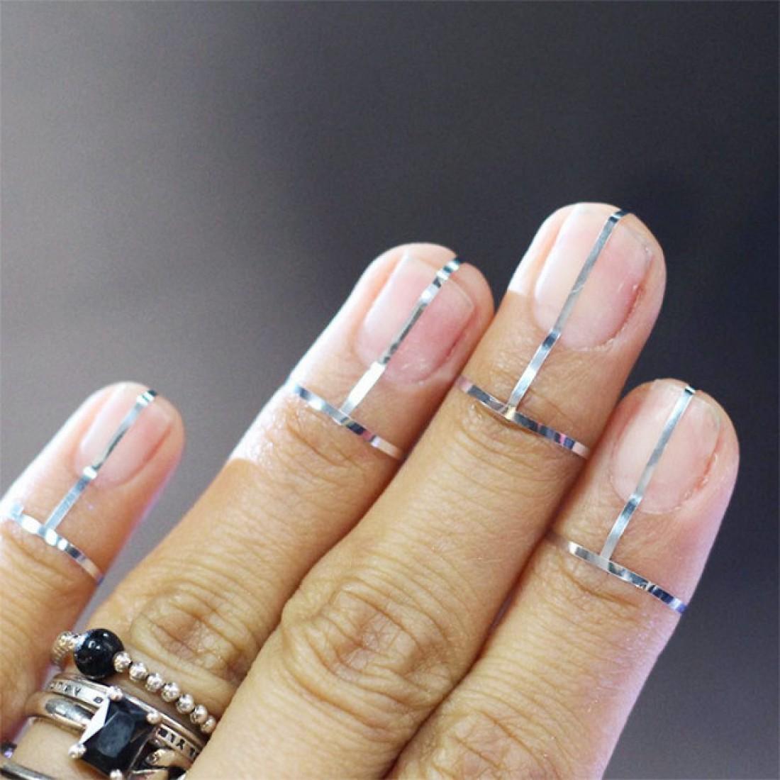 Футуристические ногти