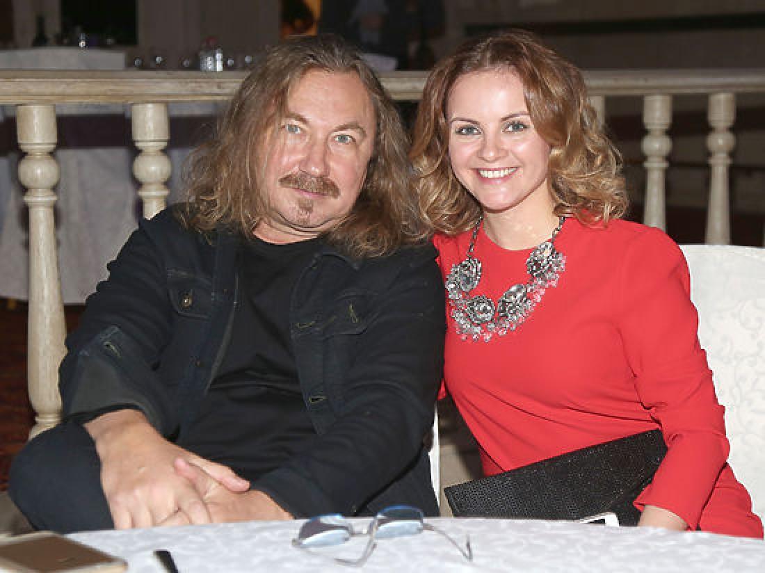 Молодая жена Игоря Николаева ждет ребенка 49
