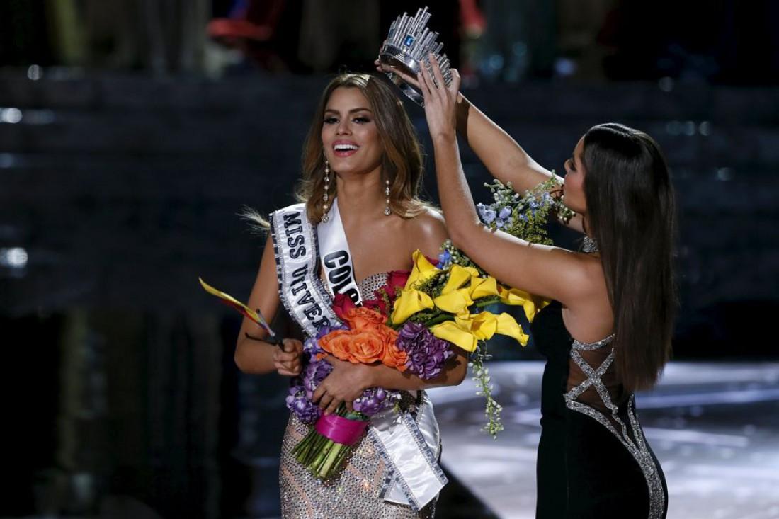 На конкурсе Мисс Вселенная 2015 ведущий ошибся с именем победительницы
