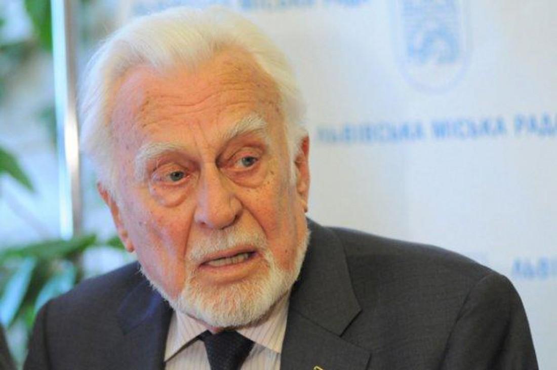 Умер украинский писатель Роман Иванычук