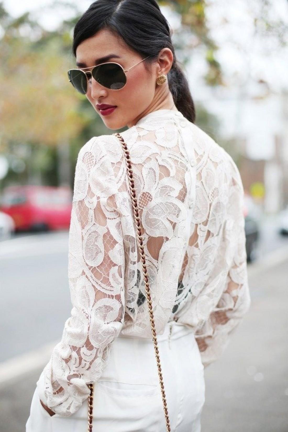 Будь осторожна с прозрачными блузками