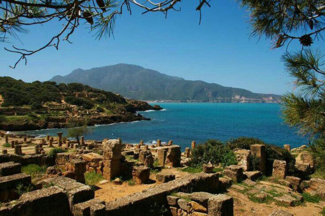 Руины финикийского поселения Типаза