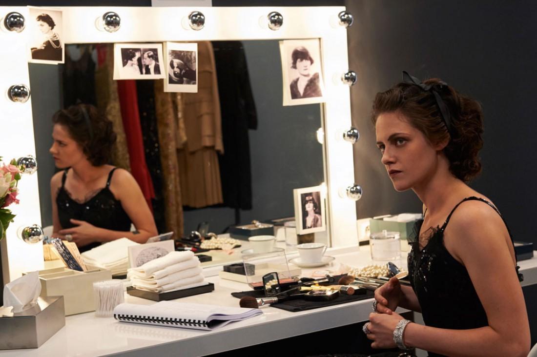 Кристен Стюарт на съемках фильма о Коко Шанель
