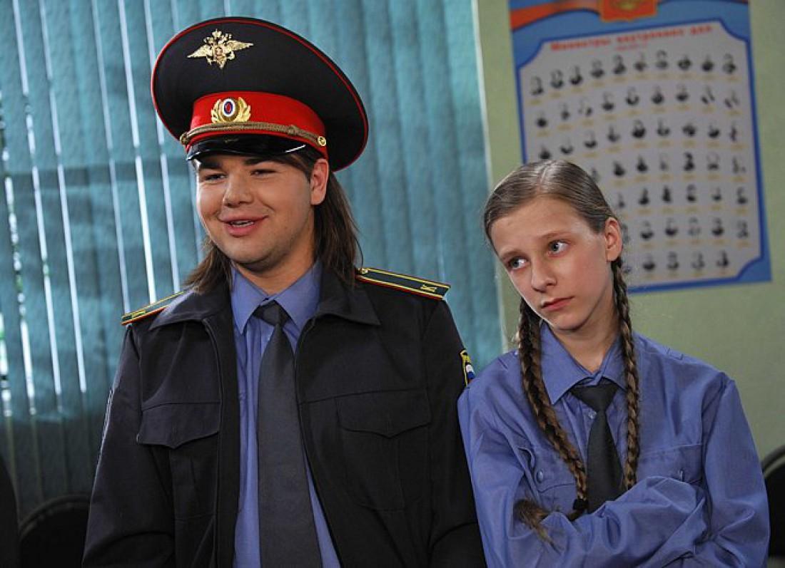 Актер Михаил Казаков в роли Ильи в сериале Папины Дочки
