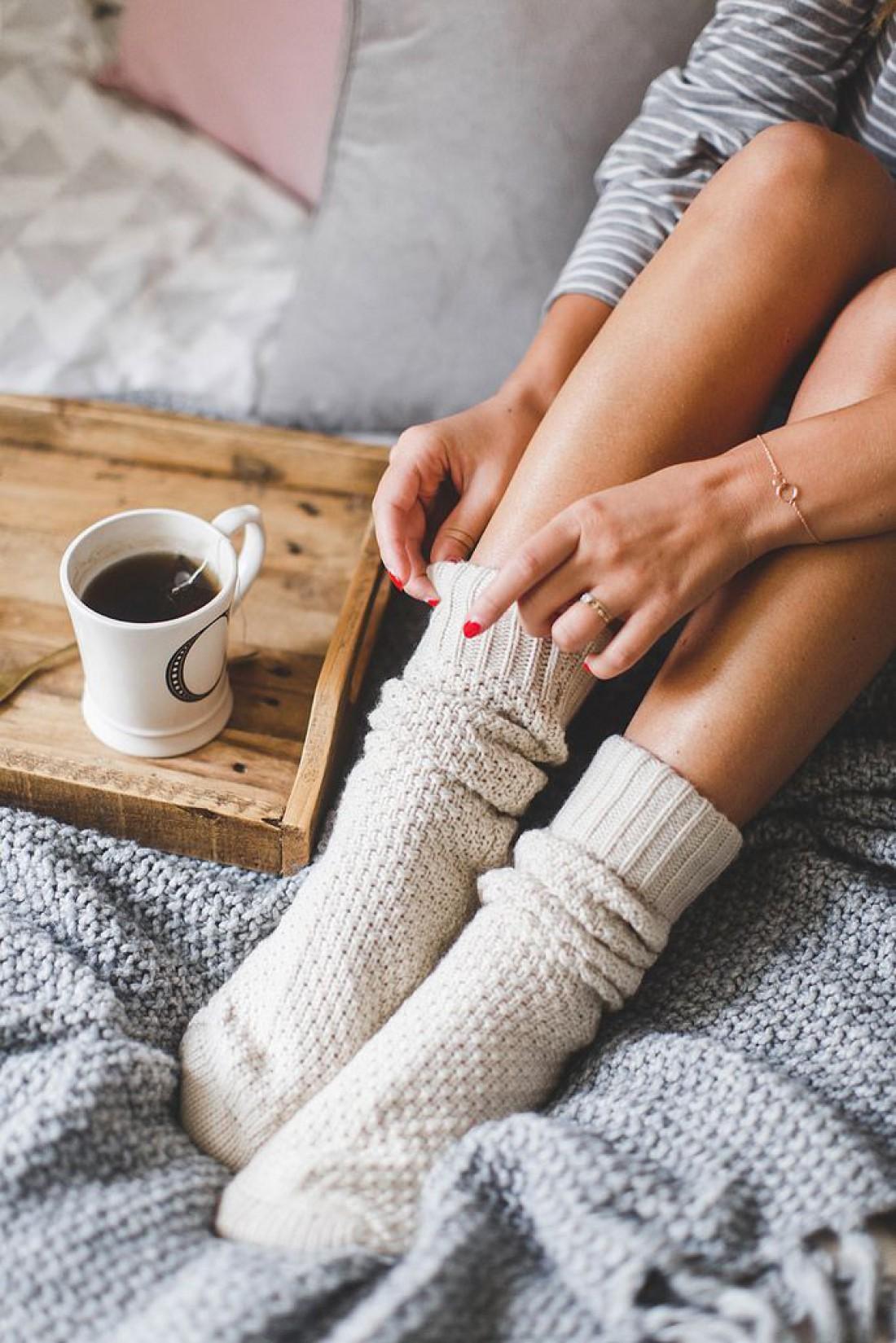 Красивые ноги девушек с носками фото