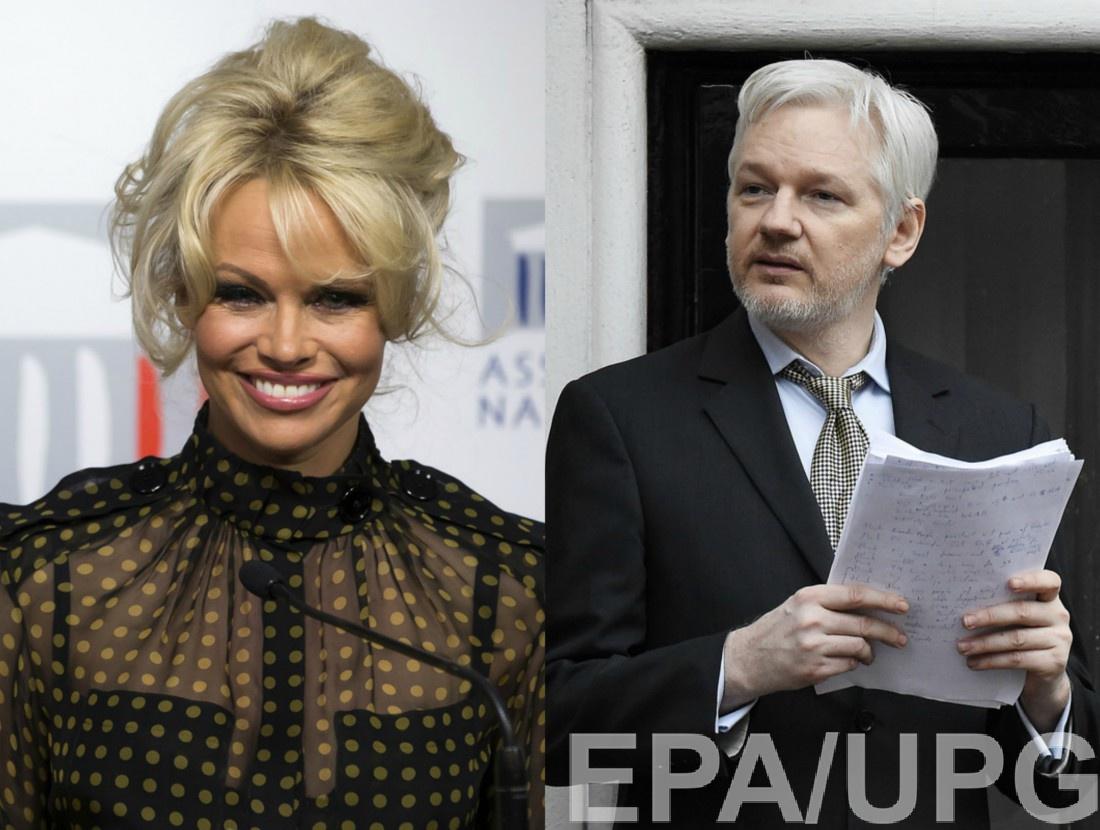 Памела Андерсон закрутила роман соскандальным основателем WikiLeaks
