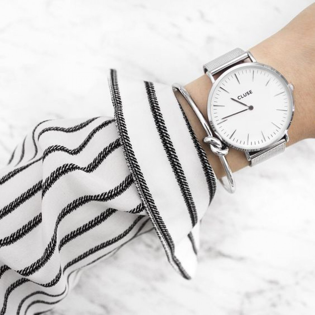 Модные наручные часы: ТОП-5
