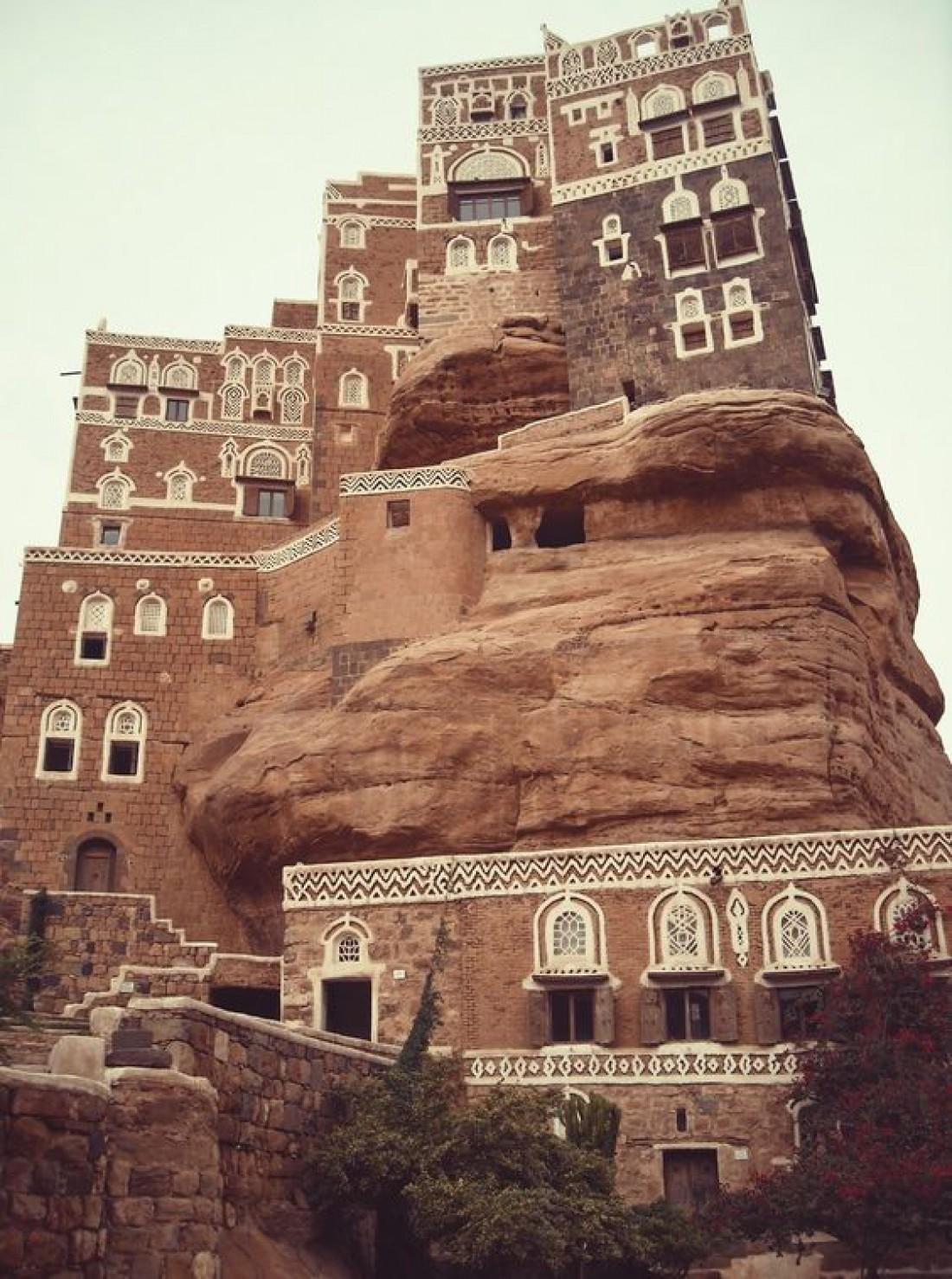 Дворец Дар аль-Хаджар