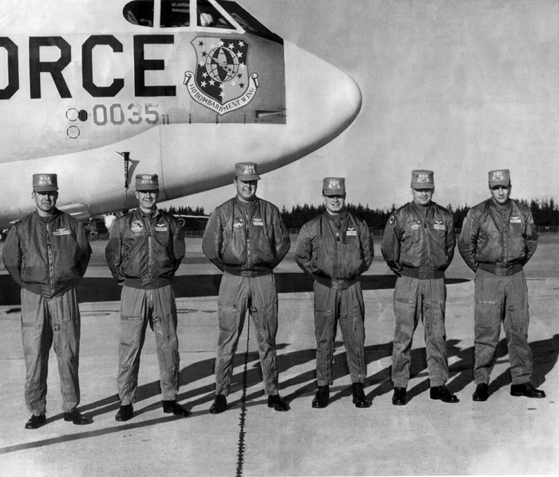 Куртки-бомберы, изготовлены из нейлона, 1966 год