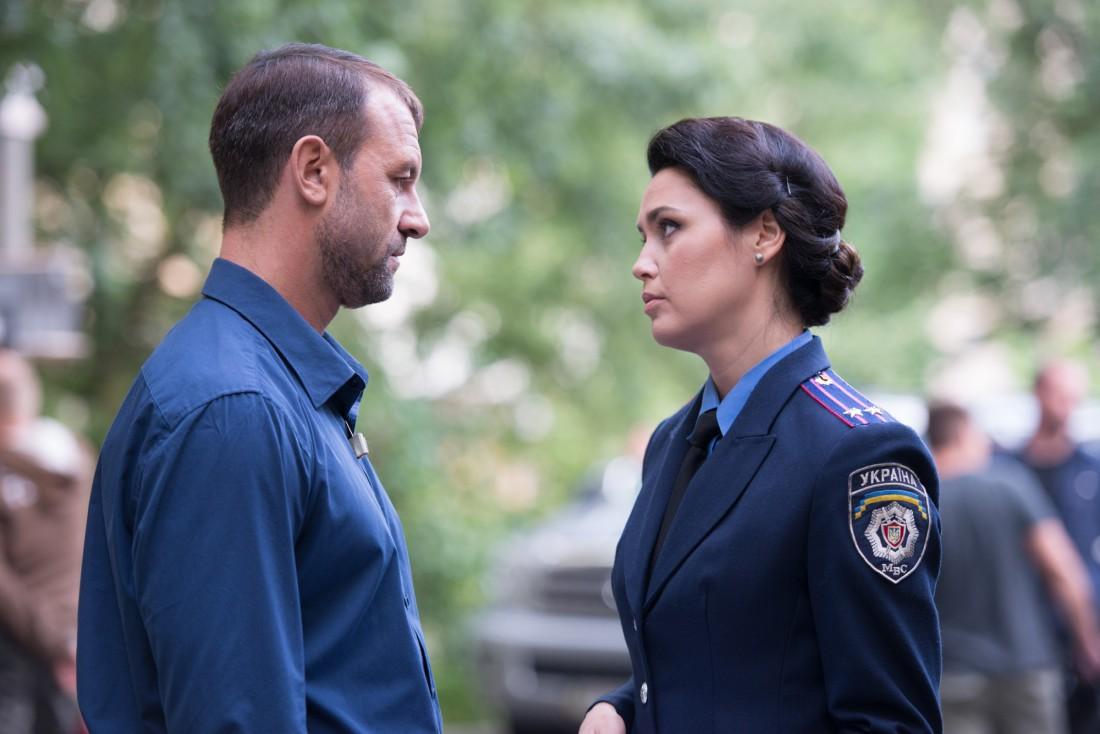 Людмила Барбир с коллегой по съемочной площадке
