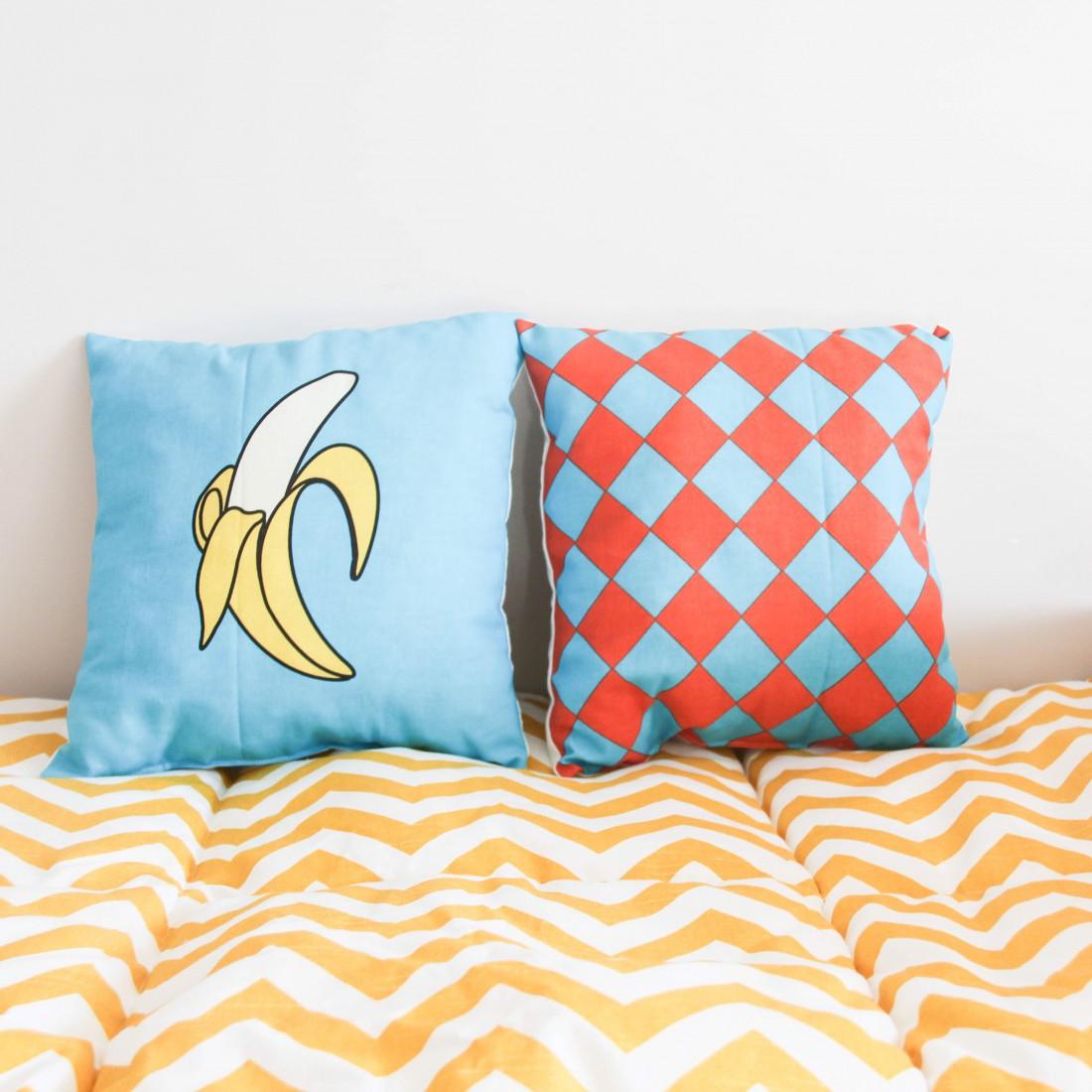 Подарок на 8 марта: Подушка