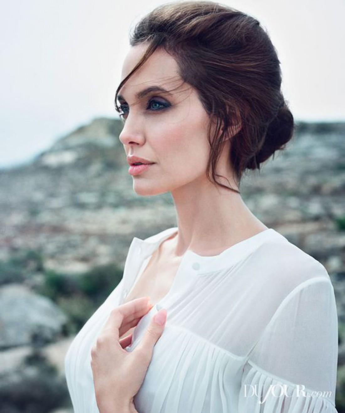 Анджелина Джоли стала амбассадором Guerlain