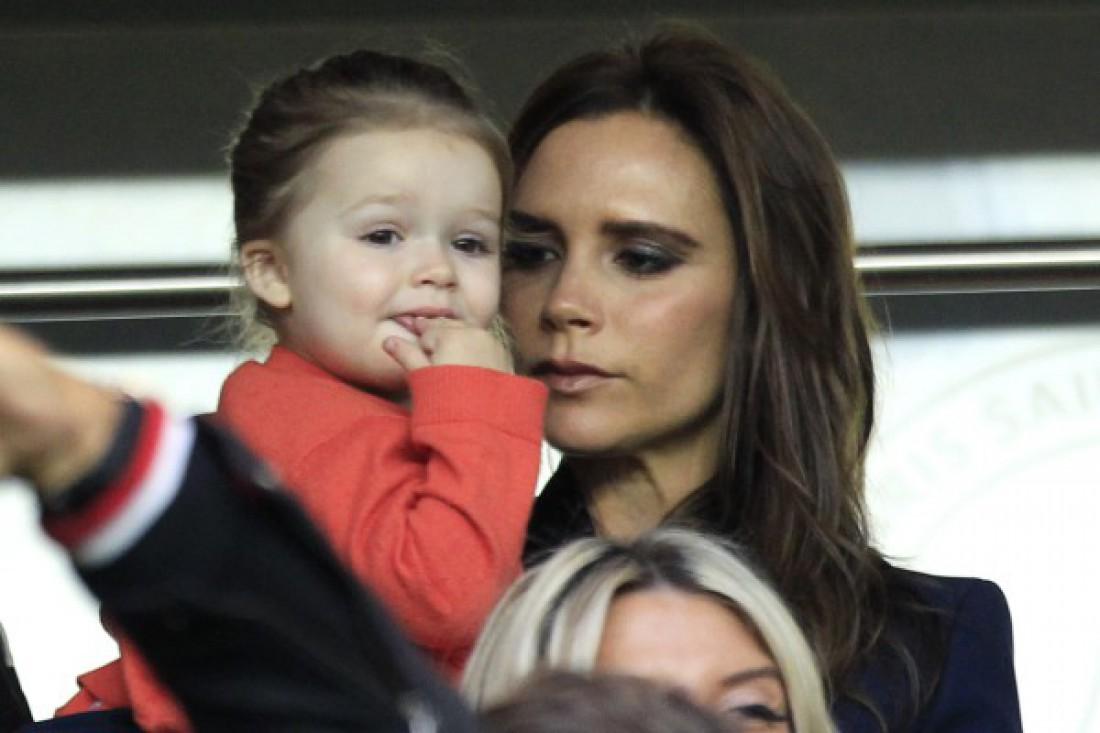 Виктория Бекхэм с дочкой Харпер