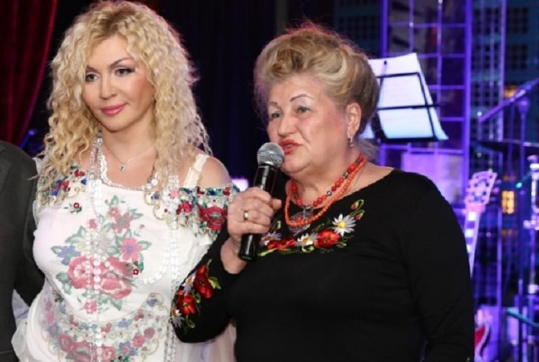 Ирина Билык с мамой Анной Яковленой