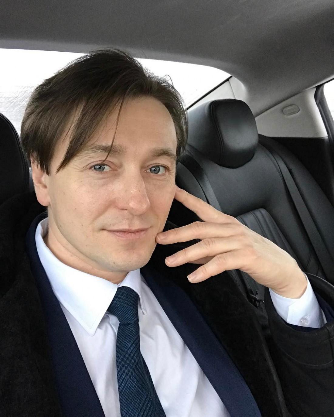 Сергей Безруков перепел «Романс» группы «Сплин»