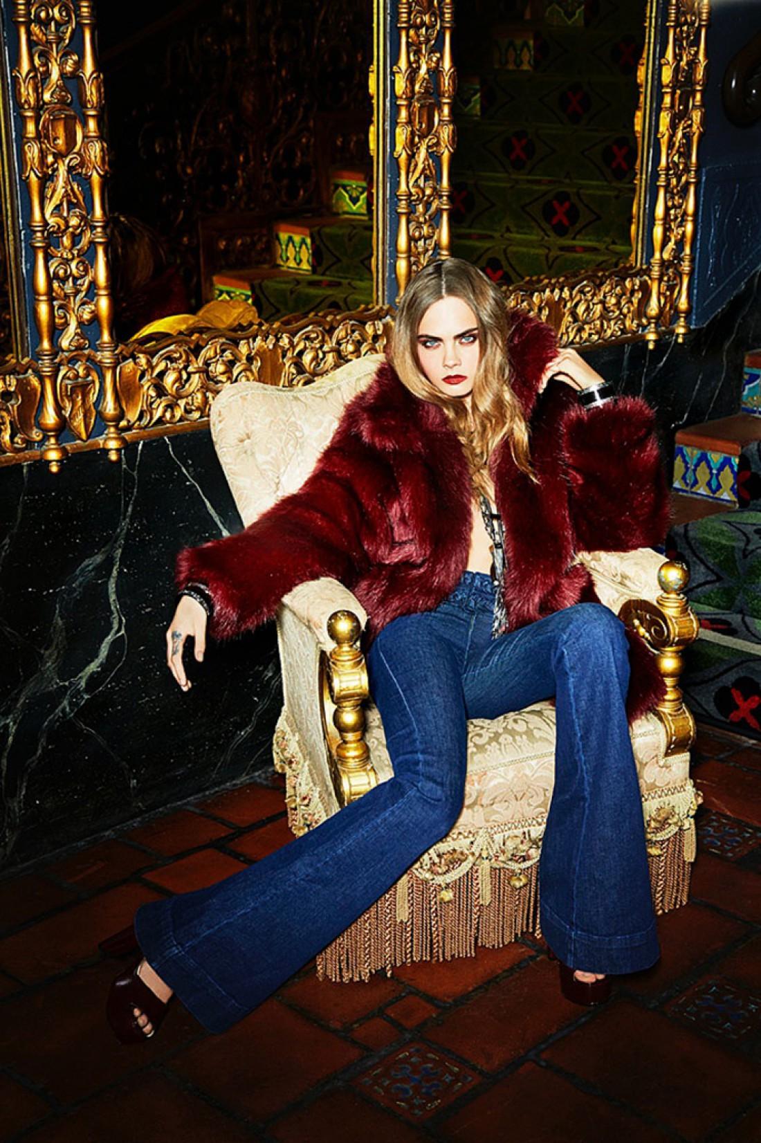 Модель Кара Делевинь снялась в новой фотосессии