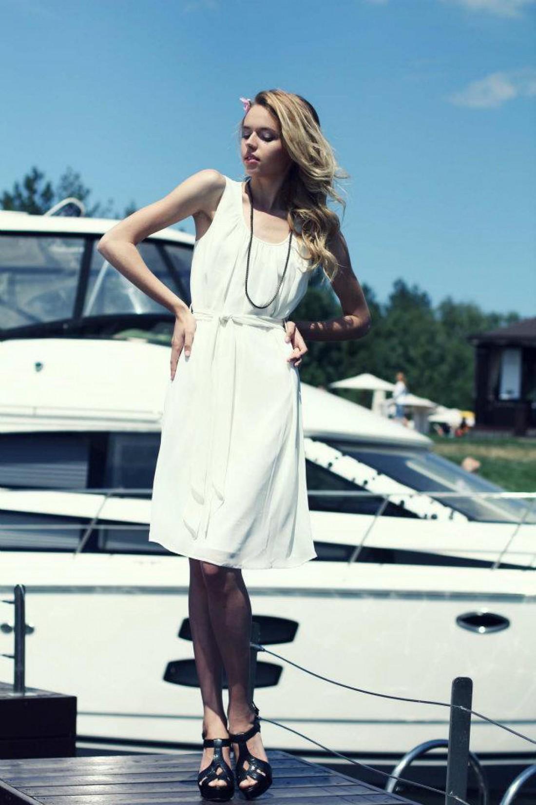 Платье должно быть создано из натуральных тканей