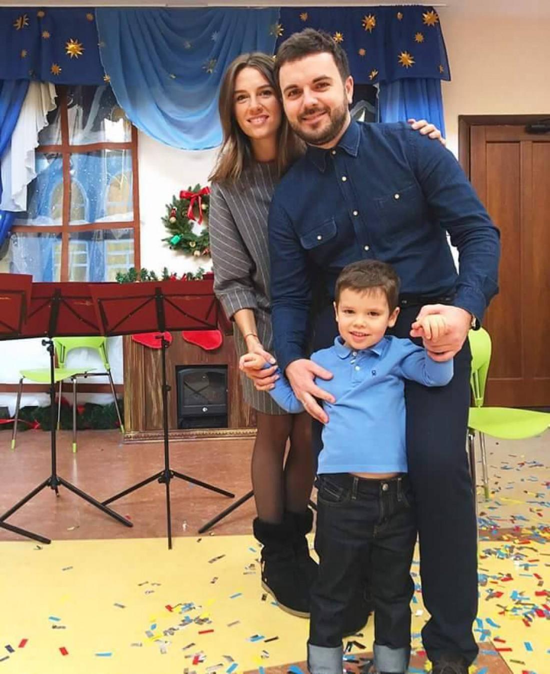 Ваня с родителями на премьере волшебной сказки Вартові Мрій