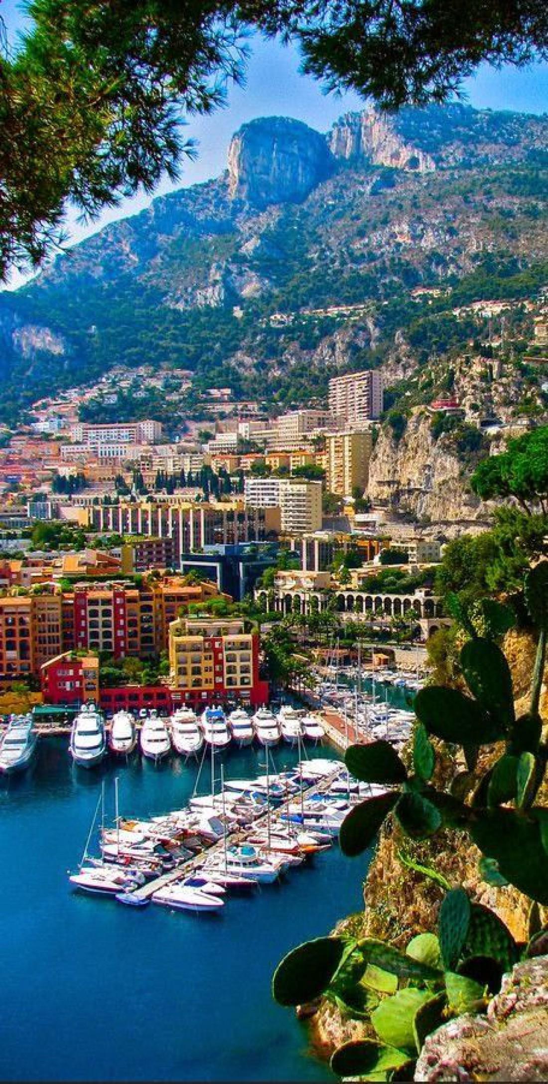 Роскошный город Монако - сердце всего Княжества