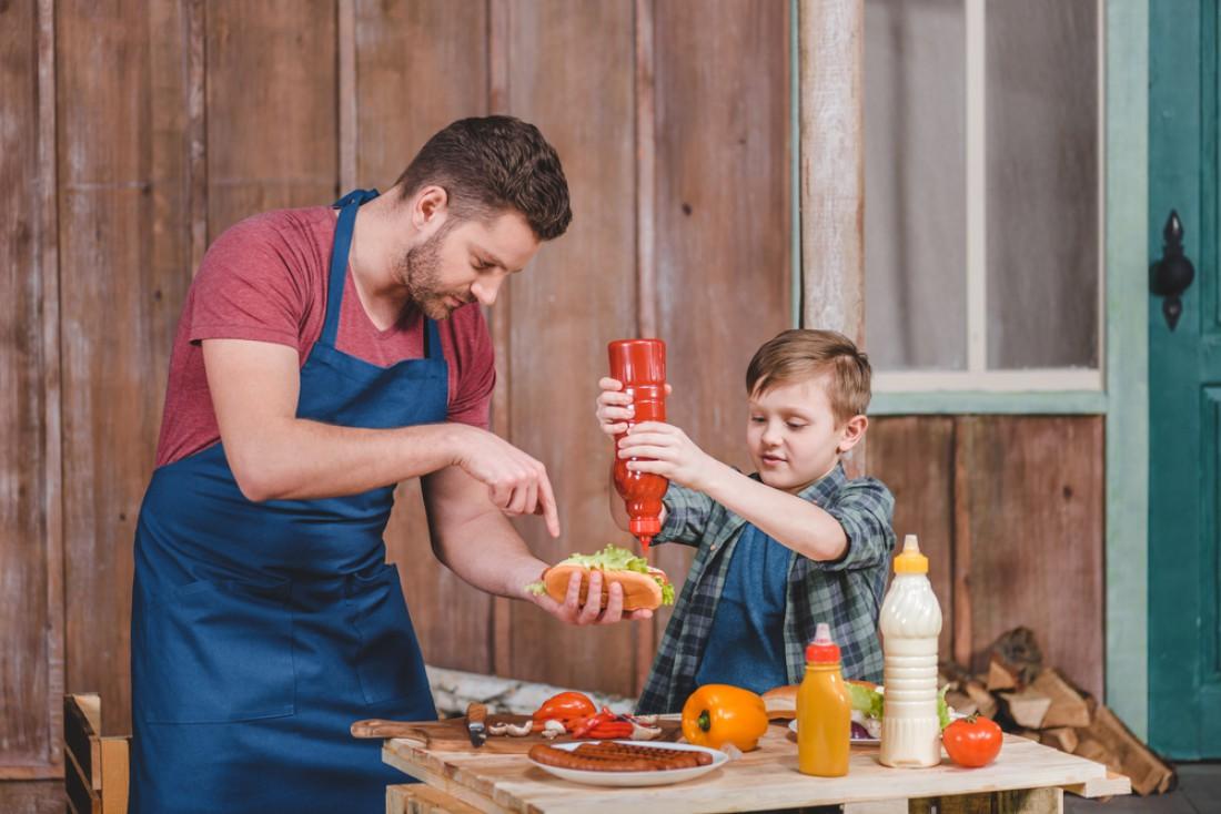 Кетчуп можно добавлять к любому блюдо