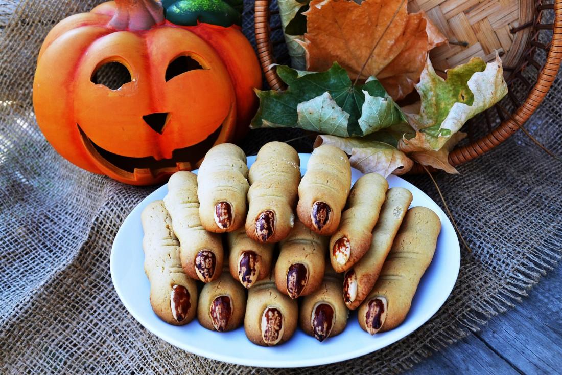 Как приготовить печенье Ведьмины пальцы на Хэллоуин