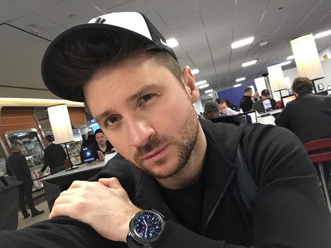 Сергей Лазарев обнародовал фотокарточку своего сына