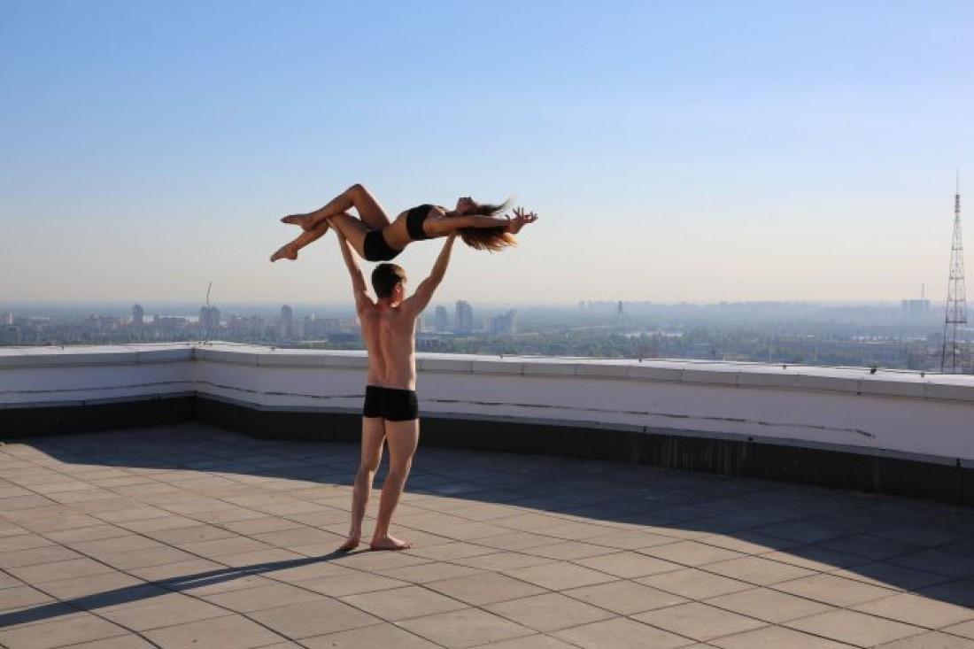 Откровенные балерины видео