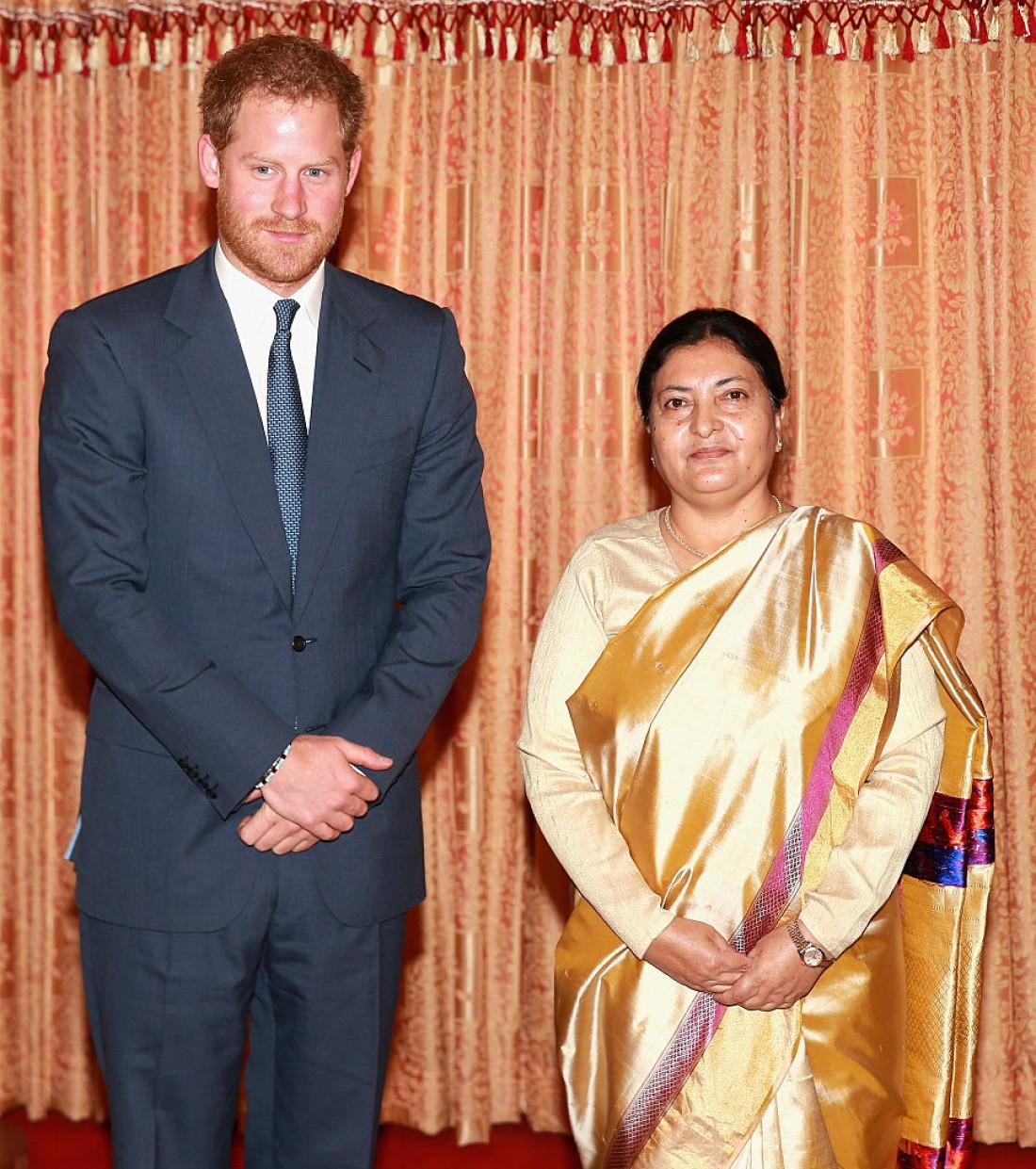 Бидхья Деви Бхандари и принц Гарри