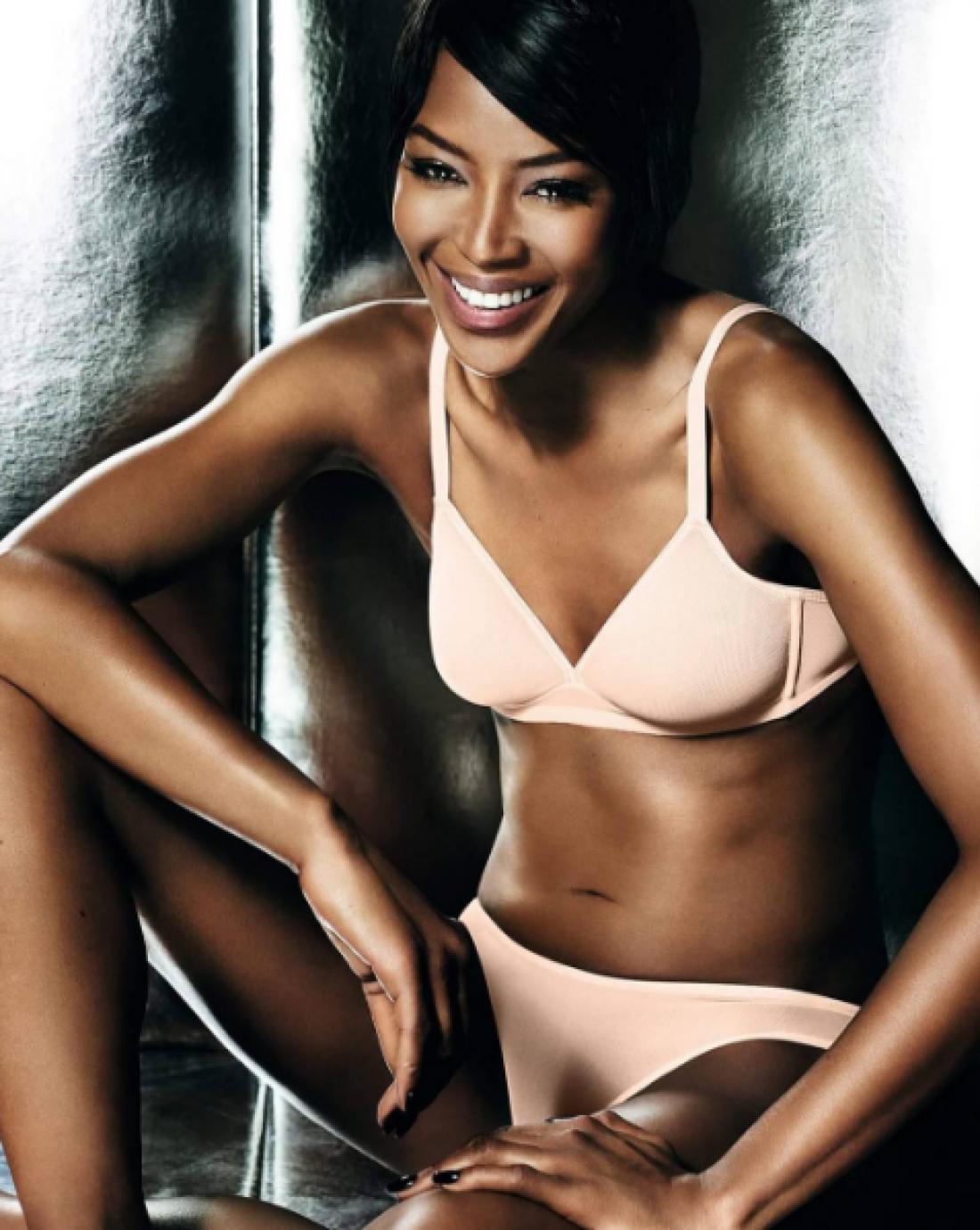 Модель Наоми Кэмпбелл в рекламнйо кампании Yamamay