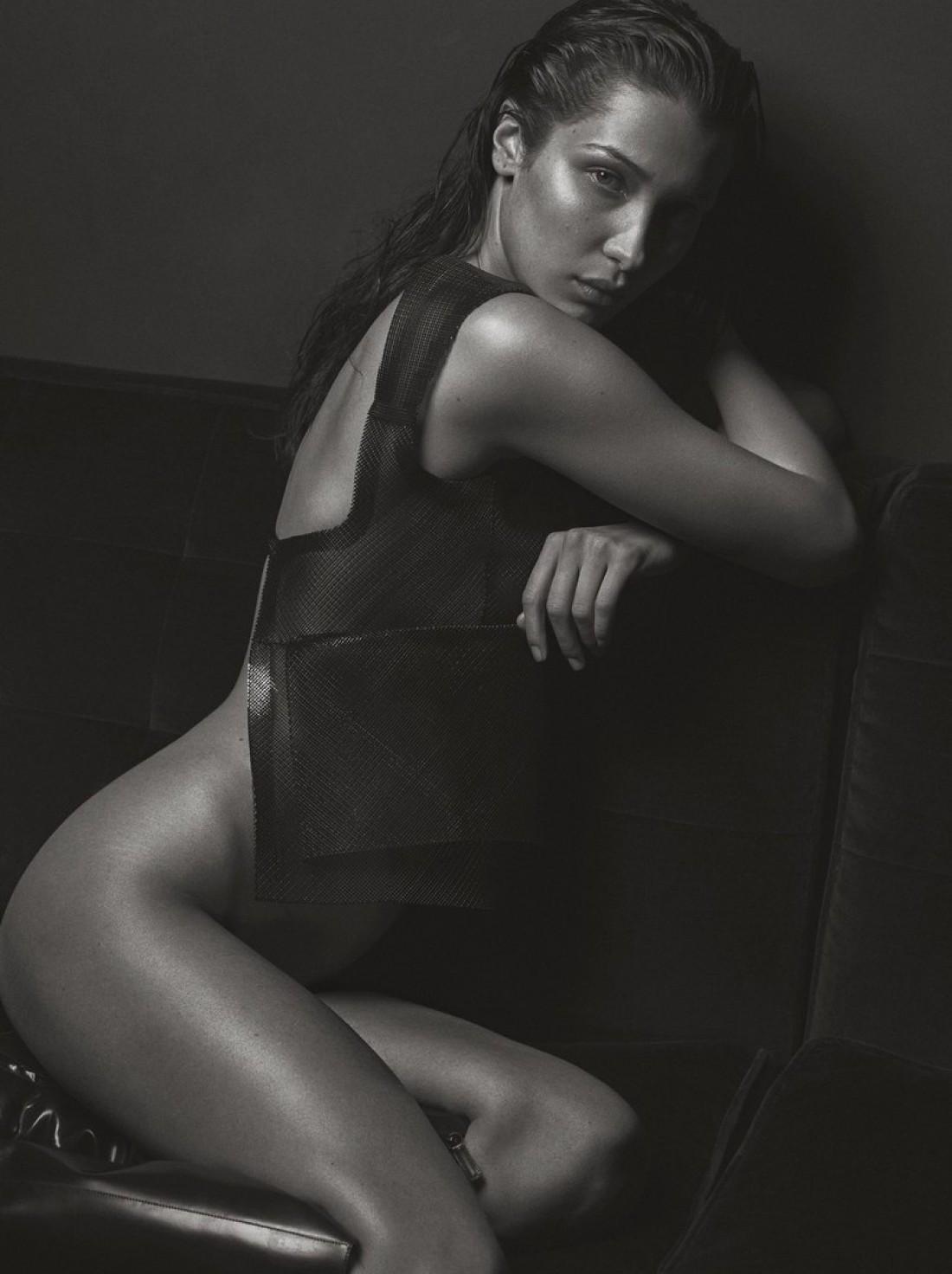 Белла Хадид в новом фотосете V MAGAZINE