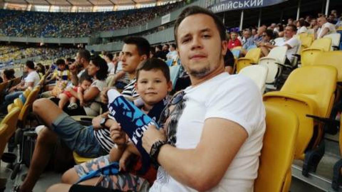 Артем Гагарин с сыном