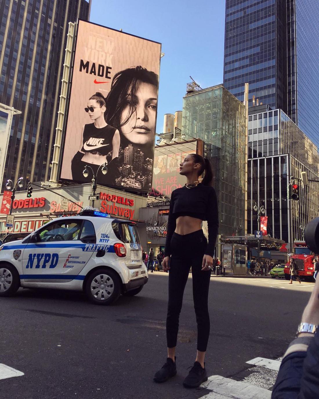 Топ-модель Белла Хадид стала новым лицом Nike