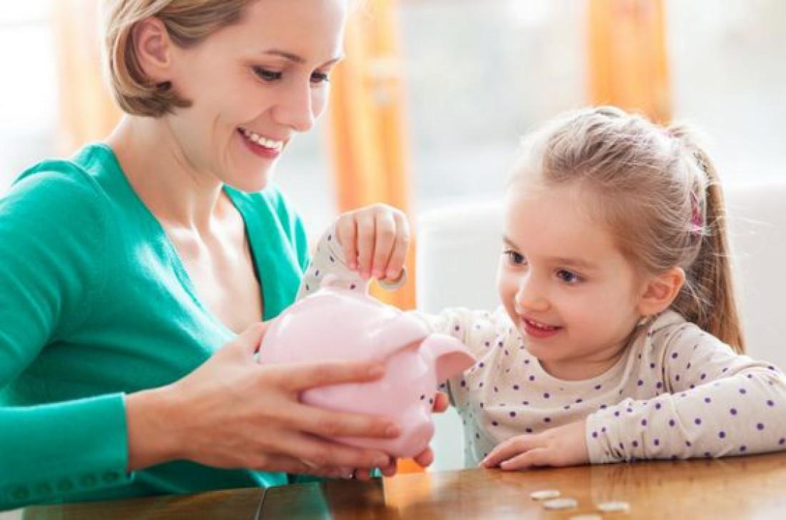 Секрет раскрыт: как научить ребенка грамотно обращаться с деньгами