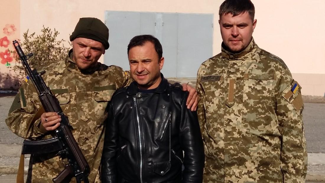 Виктор Павлик с бойцами