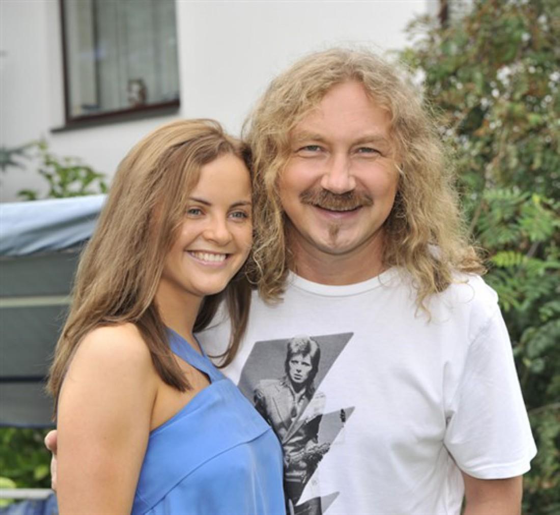 Фото жены и ребенка николаева