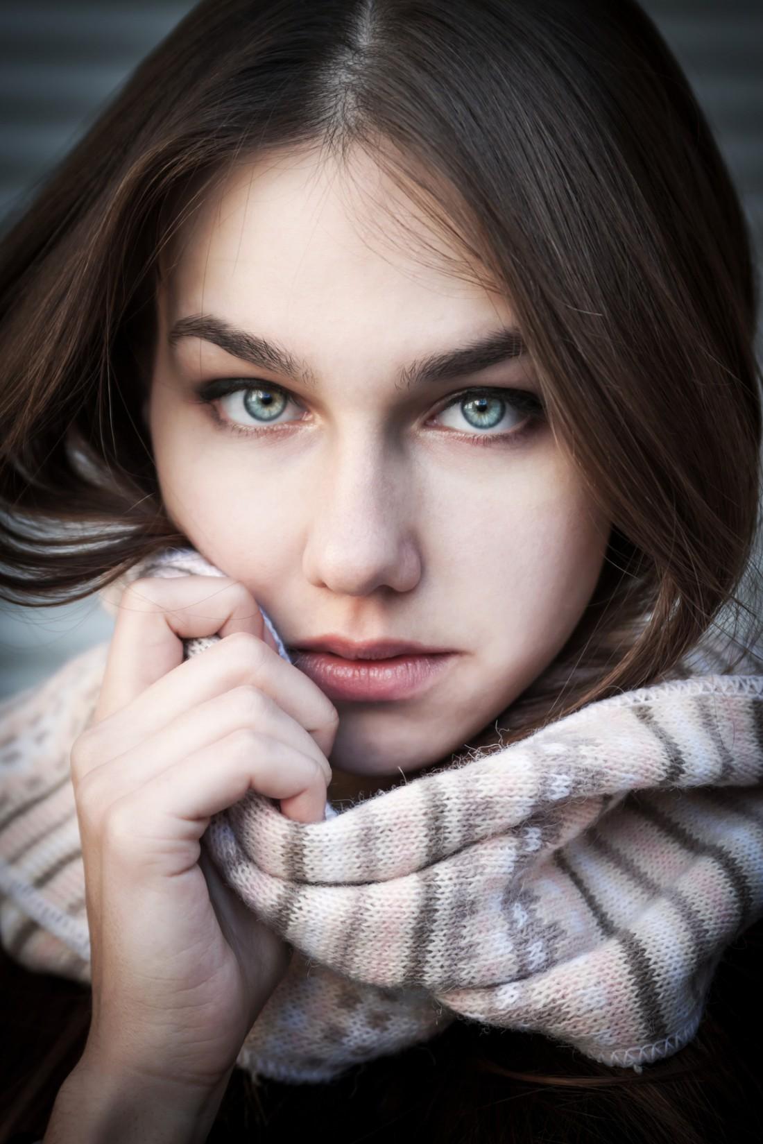 Маски из календулы, ромашки и частотела помогут очистить лицо от угревой сыпи