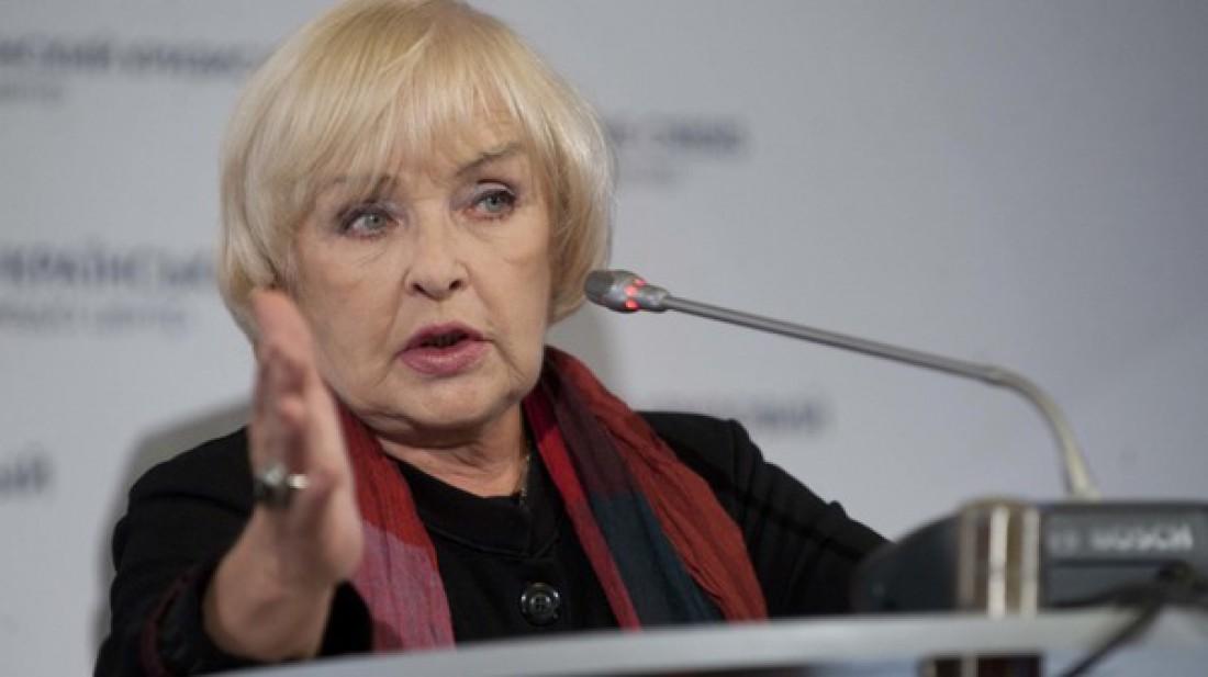 Ада Роговцева угодила вреанимацию клиники им.Мечникова