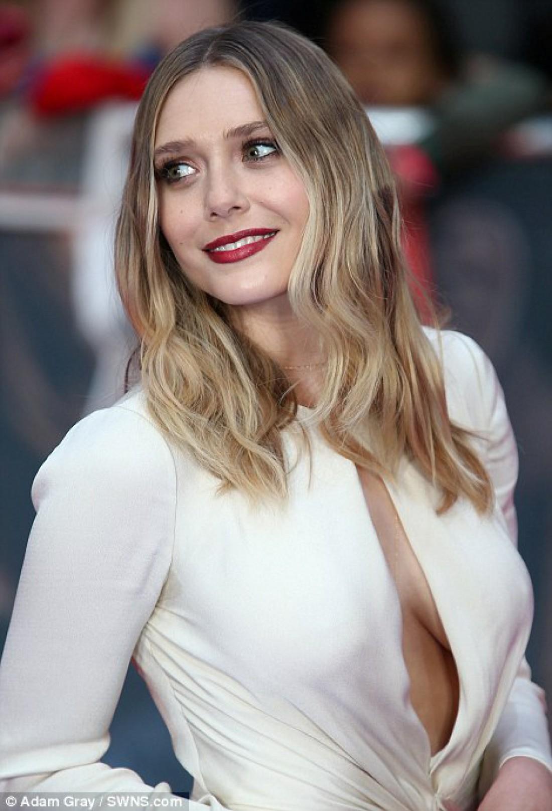 Засвет груди в кино