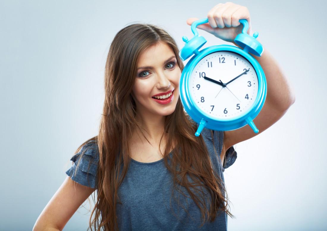 Переведи часы на полчаса назад, чтобы всегда приходить вовремя