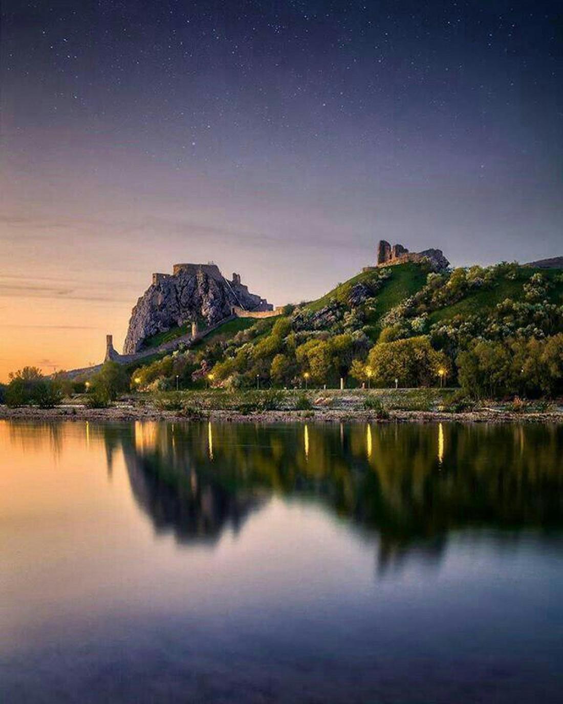 Руины замка Девин