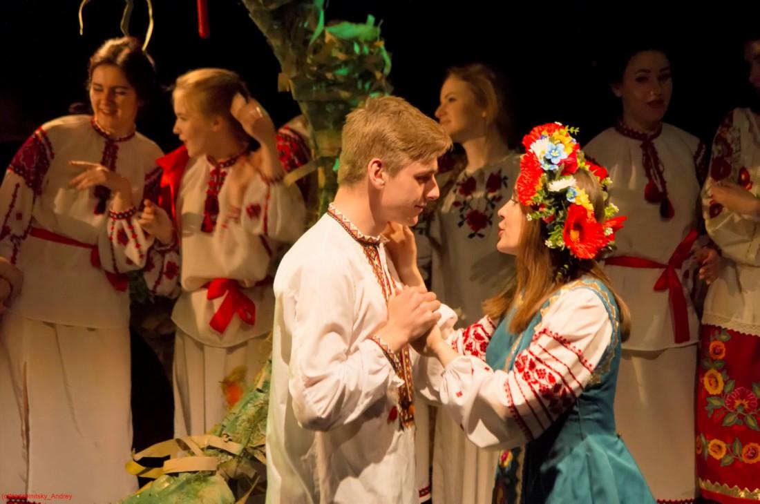 Фестиваль украинского аматорского театра День театра