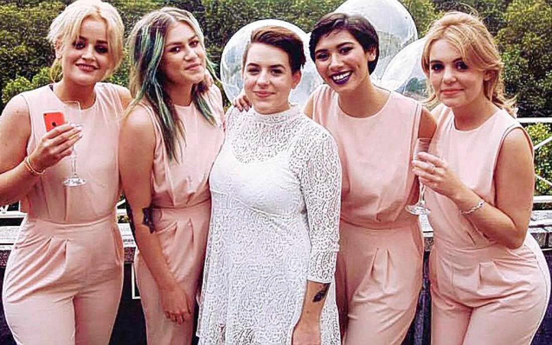 Русских лесбиянок свадьба фото фото 349-842