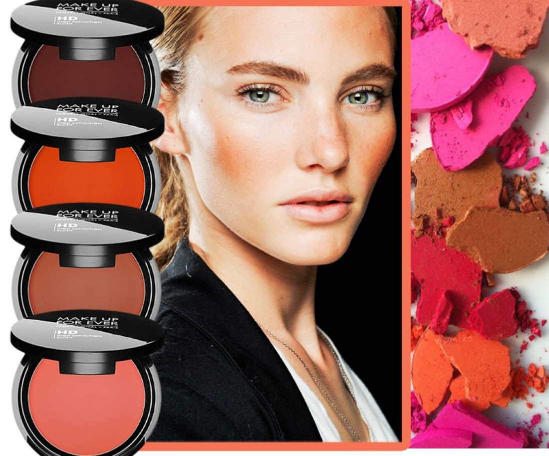 Румяна добавят свежести лицу и мягкого розового сиянии коже