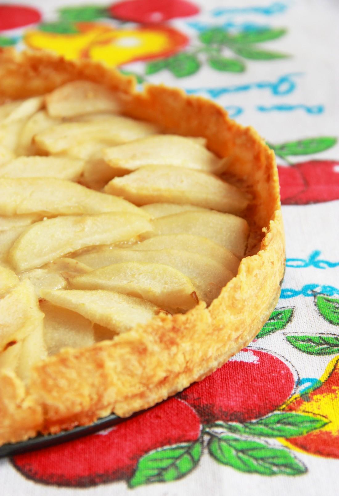 Тарт с яблочной начинкой