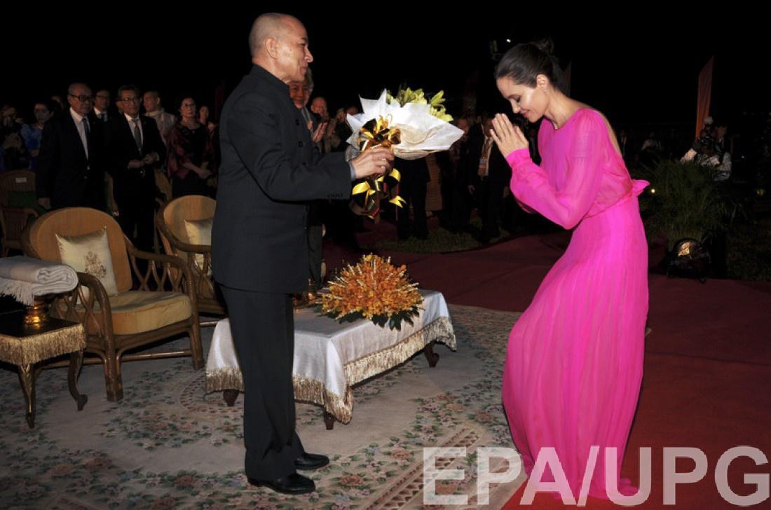 Анджелина Джоли и король Камбоджи