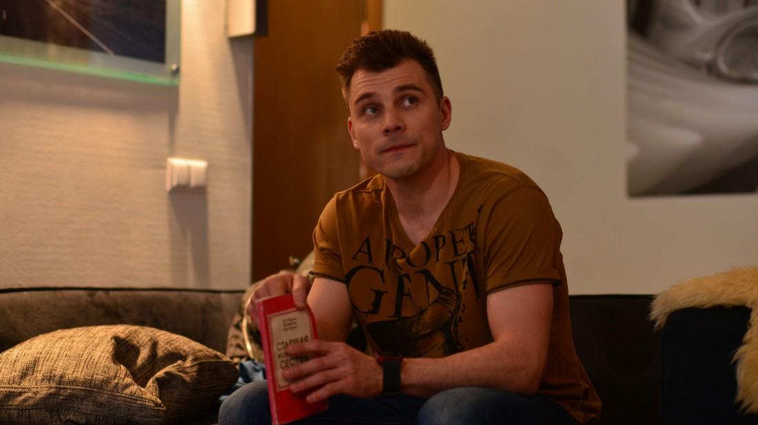 Сьемки фильма Город влюбленных: Евгений Морозов в роли музыканта Максима
