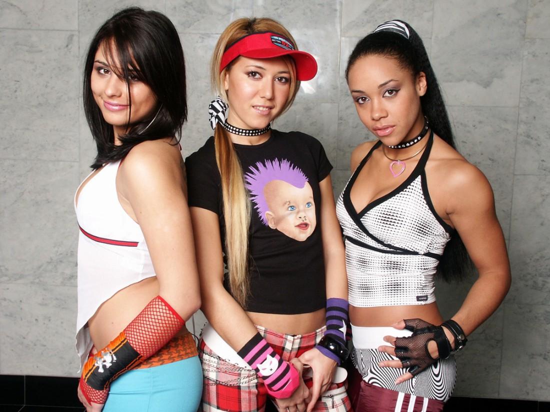 Группа Сливки. Даша Ермолаева (крайняя слева)