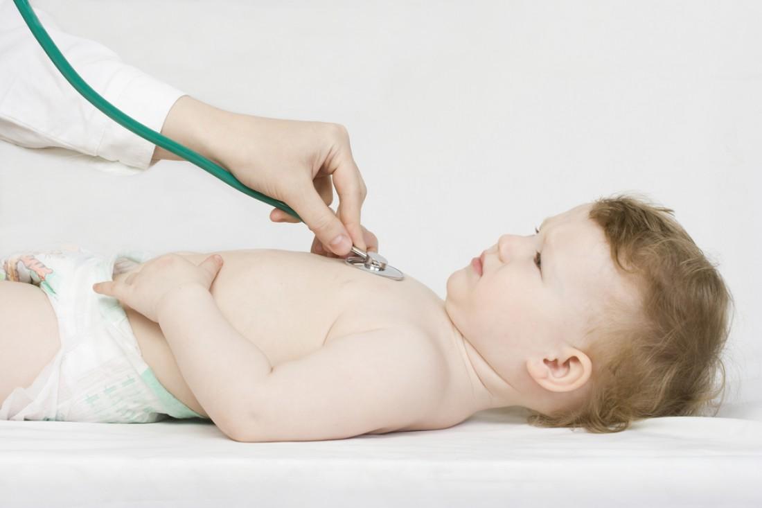 Если малышу плохо, внимательно следи за его состоянием