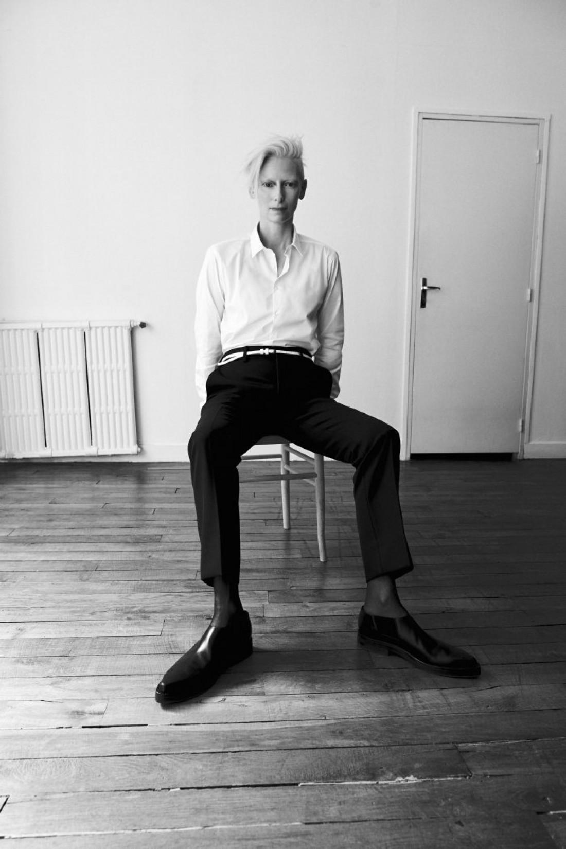Свежая фотосессия в немецком  Interview