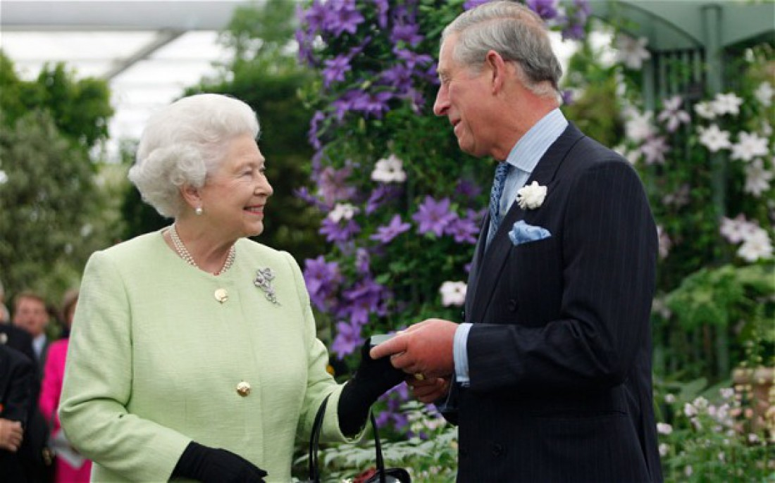 Королева Елизаветы II и принц Чарльз